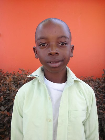 Help Given Kaumba by becoming a child sponsor. Sponsoring a child is a rewarding and heartwarming experience.