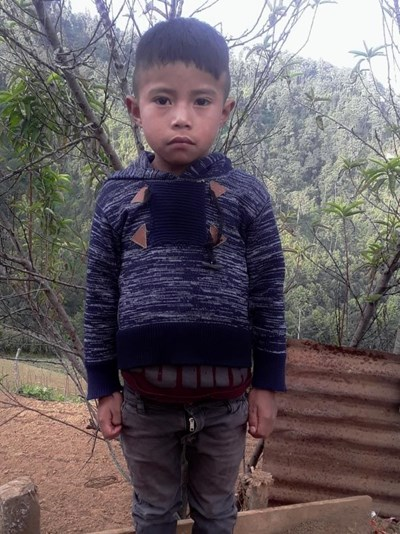 Help Oscar Anibal by becoming a child sponsor. Sponsoring a child is a rewarding and heartwarming experience.