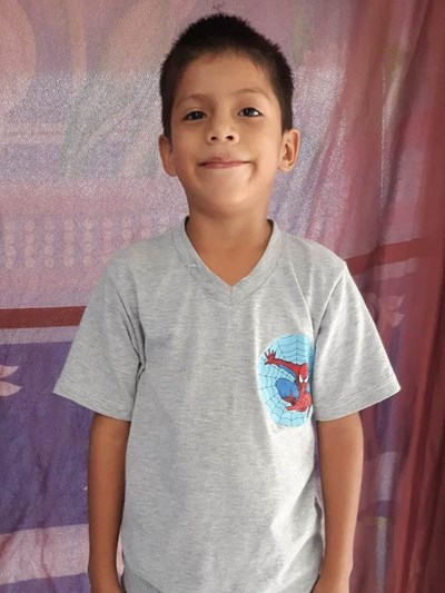 Help Junior Isidro by becoming a child sponsor. Sponsoring a child is a rewarding and heartwarming experience.