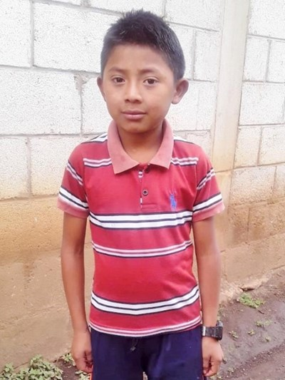 Help Esdras Reinaldo by becoming a child sponsor. Sponsoring a child is a rewarding and heartwarming experience.