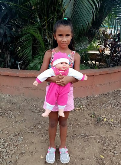 Help Sindy Andrea by becoming a child sponsor. Sponsoring a child is a rewarding and heartwarming experience.