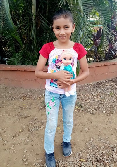 Help Amgie Fabiola by becoming a child sponsor. Sponsoring a child is a rewarding and heartwarming experience.