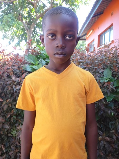 Help Emmanuel by becoming a child sponsor. Sponsoring a child is a rewarding and heartwarming experience.