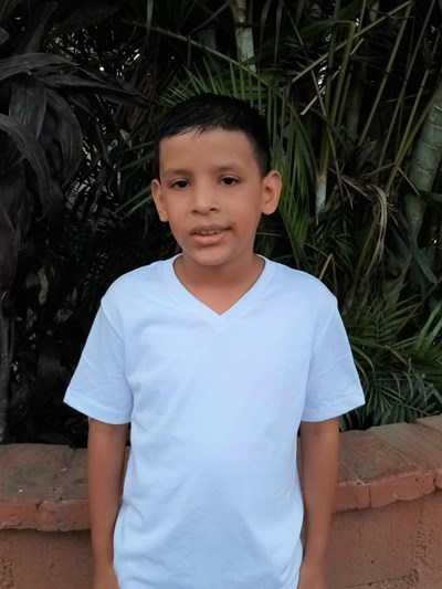 Help Cristian Jafeth by becoming a child sponsor. Sponsoring a child is a rewarding and heartwarming experience.