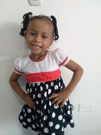 Help Thael Sofia by becoming a child sponsor. Sponsoring a child is a rewarding and heartwarming experience.
