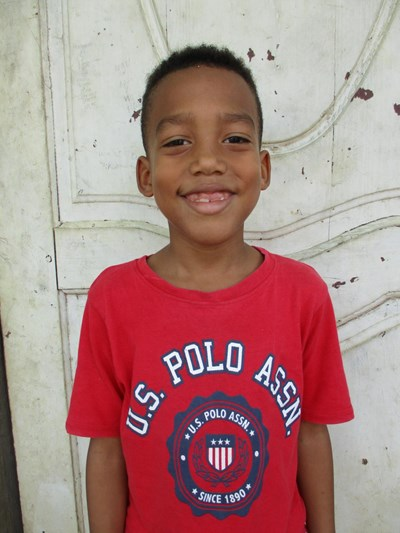 Help Johansel Nicolas by becoming a child sponsor. Sponsoring a child is a rewarding and heartwarming experience.
