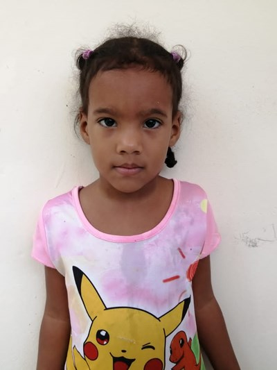 Help Aura Isabel by becoming a child sponsor. Sponsoring a child is a rewarding and heartwarming experience.