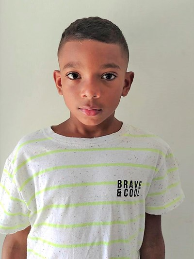 Help Samuel Elias by becoming a child sponsor. Sponsoring a child is a rewarding and heartwarming experience.