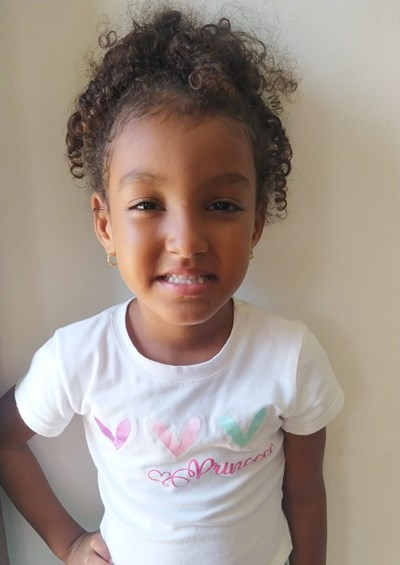 Help Scarlett Sofia by becoming a child sponsor. Sponsoring a child is a rewarding and heartwarming experience.