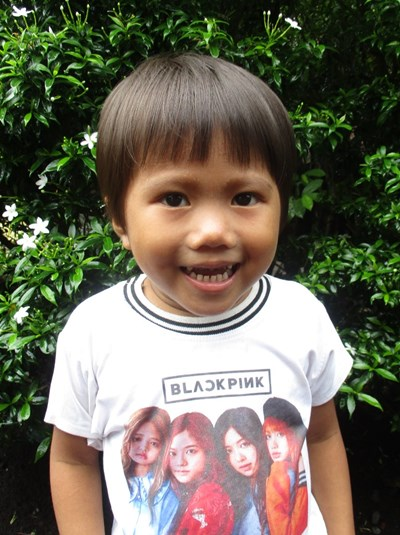 Help Alexa B. by becoming a child sponsor. Sponsoring a child is a rewarding and heartwarming experience.