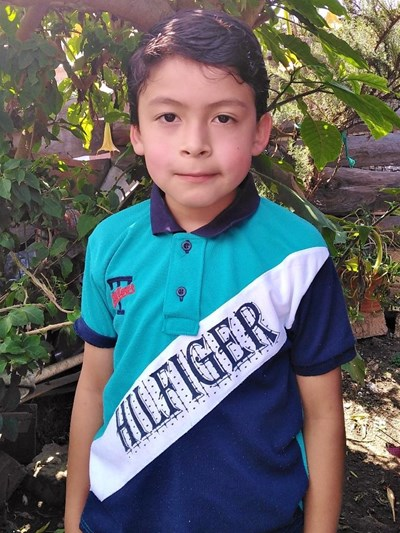 Help Andy Josue by becoming a child sponsor. Sponsoring a child is a rewarding and heartwarming experience.
