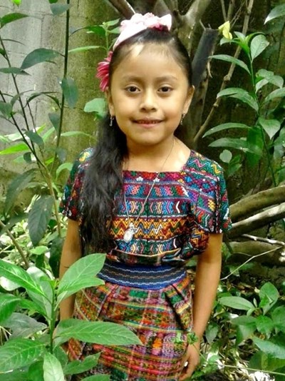 Help Emyly Sayumy Klarybel by becoming a child sponsor. Sponsoring a child is a rewarding and heartwarming experience.