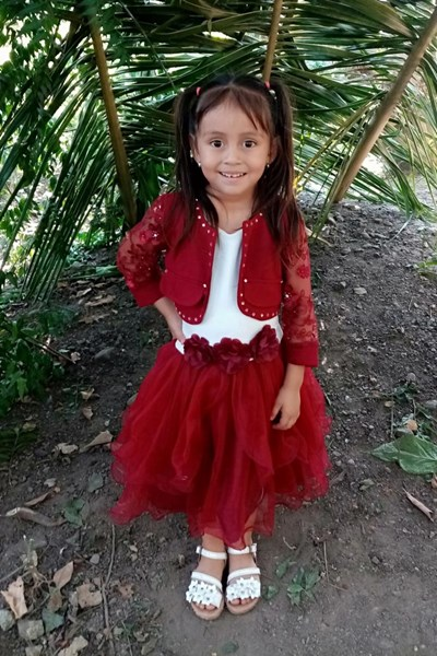 Help Evelyn Gissel by becoming a child sponsor. Sponsoring a child is a rewarding and heartwarming experience.