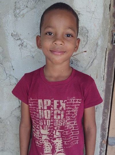 Help Sergio Andres by becoming a child sponsor. Sponsoring a child is a rewarding and heartwarming experience.