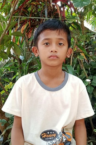 Help Zander D. by becoming a child sponsor. Sponsoring a child is a rewarding and heartwarming experience.