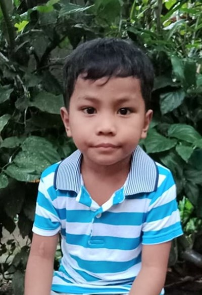 Help Jaspher B. by becoming a child sponsor. Sponsoring a child is a rewarding and heartwarming experience.
