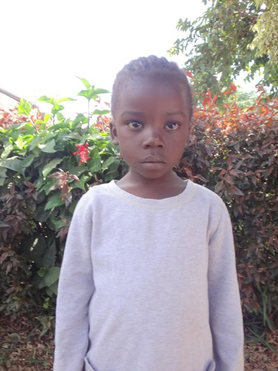 Help Lizzy by becoming a child sponsor. Sponsoring a child is a rewarding and heartwarming experience.