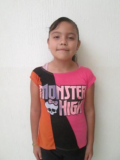 Ayude a Ericka Trinidad apadrinándole hoy. El apadrinamiento es una experiencia hermosa y gratificante.