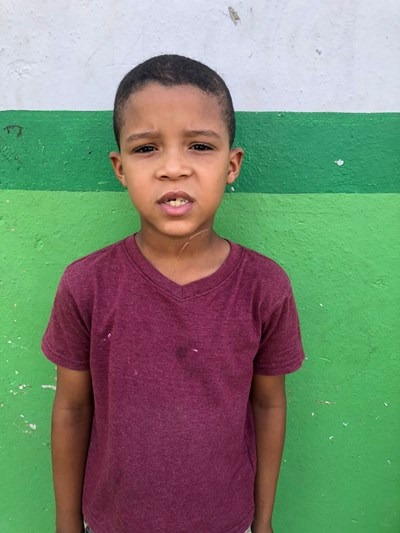 Help Wesley Onil by becoming a child sponsor. Sponsoring a child is a rewarding and heartwarming experience.