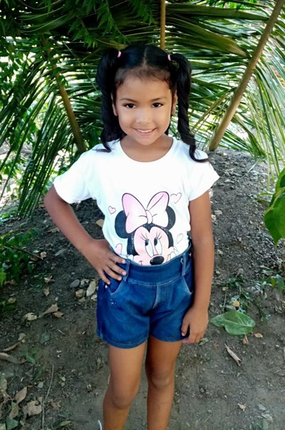 Help Mia Isabel by becoming a child sponsor. Sponsoring a child is a rewarding and heartwarming experience.