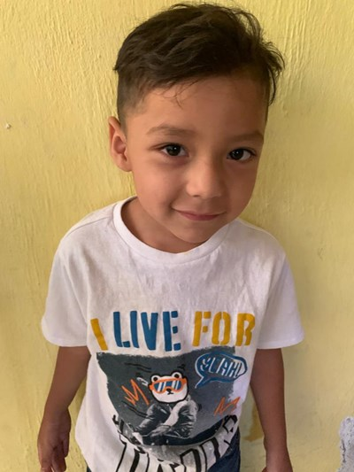 Help Sergio De Jesús by becoming a child sponsor. Sponsoring a child is a rewarding and heartwarming experience.