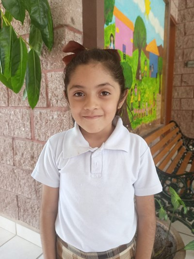 Help Angélica Dayana by becoming a child sponsor. Sponsoring a child is a rewarding and heartwarming experience.