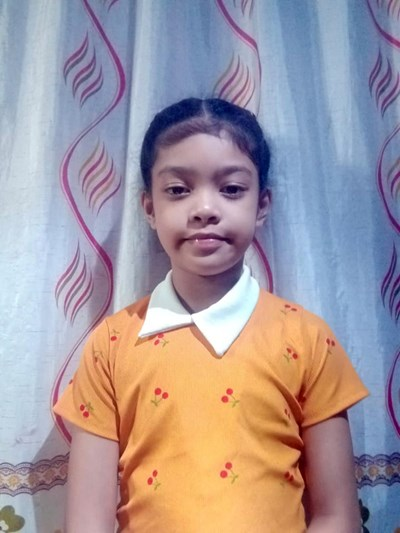 Help Dhanniella B. by becoming a child sponsor. Sponsoring a child is a rewarding and heartwarming experience.