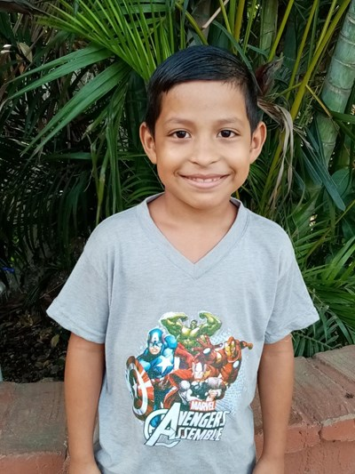 Help Josmar Onahi by becoming a child sponsor. Sponsoring a child is a rewarding and heartwarming experience.