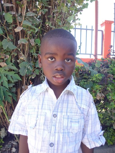 Help Misheck by becoming a child sponsor. Sponsoring a child is a rewarding and heartwarming experience.