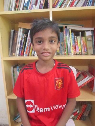 Ayude a Md Ashar apadrinándole hoy. El apadrinamiento es una experiencia hermosa y gratificante.