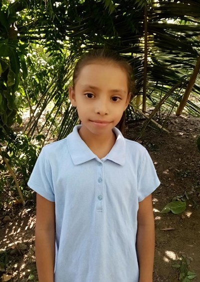 Help Sury Melisa by becoming a child sponsor. Sponsoring a child is a rewarding and heartwarming experience.
