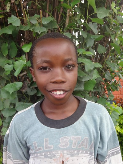 Help Covax by becoming a child sponsor. Sponsoring a child is a rewarding and heartwarming experience.