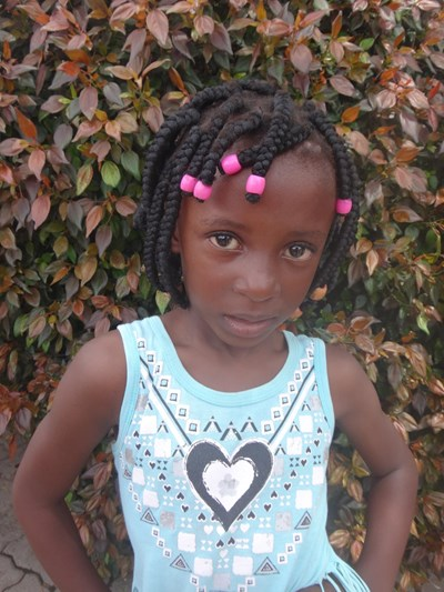 Help Kezia by becoming a child sponsor. Sponsoring a child is a rewarding and heartwarming experience.