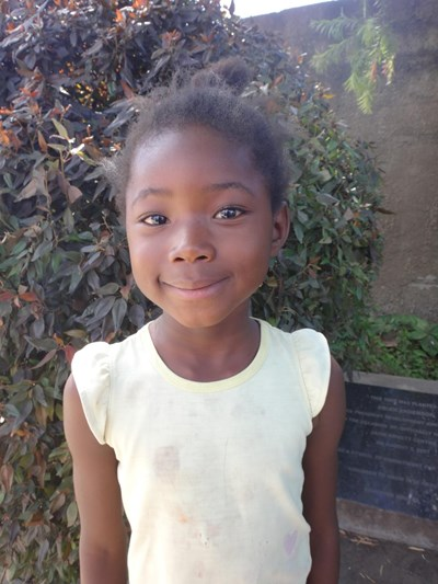 Help Winfrida by becoming a child sponsor. Sponsoring a child is a rewarding and heartwarming experience.