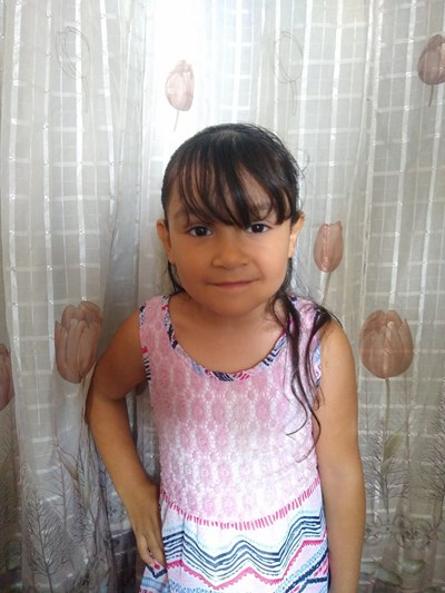 Help Kimberlo Jaqueline by becoming a child sponsor. Sponsoring a child is a rewarding and heartwarming experience.