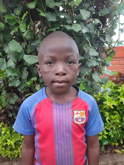 Help Christopher by becoming a child sponsor. Sponsoring a child is a rewarding and heartwarming experience.