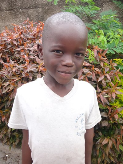 Help Prince Amos by becoming a child sponsor. Sponsoring a child is a rewarding and heartwarming experience.