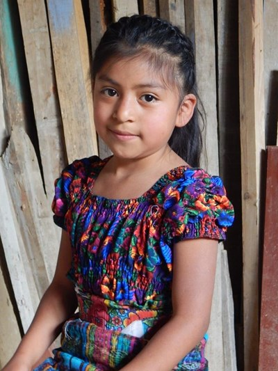 Help Susi Araceli by becoming a child sponsor. Sponsoring a child is a rewarding and heartwarming experience.