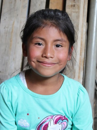 Help Dana Fabiola by becoming a child sponsor. Sponsoring a child is a rewarding and heartwarming experience.