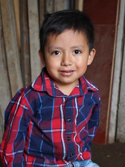 Help Juliio Rafael by becoming a child sponsor. Sponsoring a child is a rewarding and heartwarming experience.