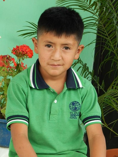 Help Gelver David by becoming a child sponsor. Sponsoring a child is a rewarding and heartwarming experience.