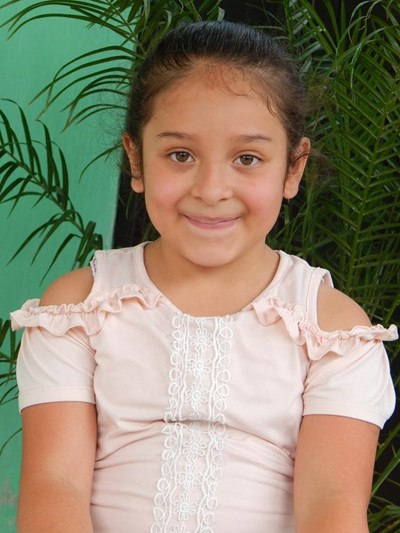 Help Odelyn Arely by becoming a child sponsor. Sponsoring a child is a rewarding and heartwarming experience.
