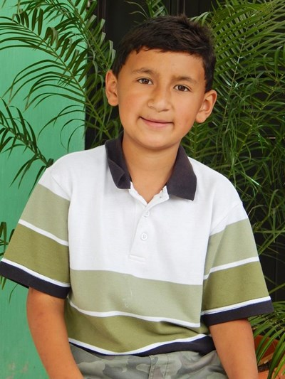 Help Lester Radames by becoming a child sponsor. Sponsoring a child is a rewarding and heartwarming experience.