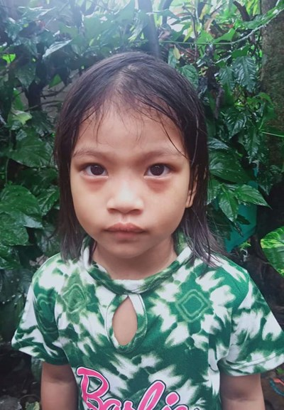 Help Kate Ashly V. by becoming a child sponsor. Sponsoring a child is a rewarding and heartwarming experience.