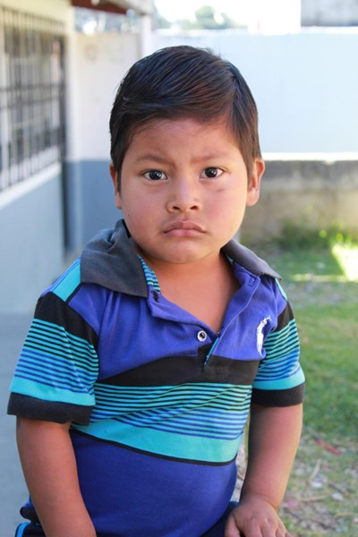 Help Eldin Emanuel by becoming a child sponsor. Sponsoring a child is a rewarding and heartwarming experience.