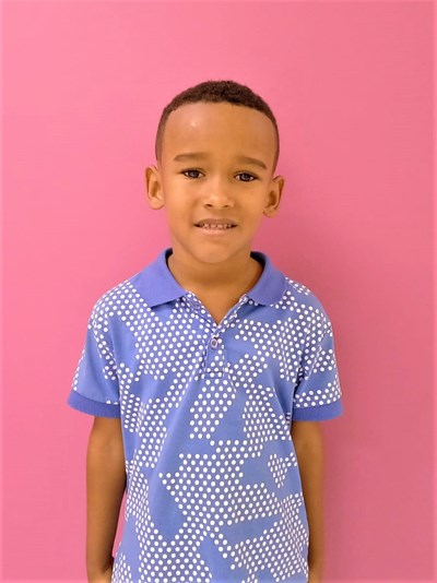 Help Luis Alexander by becoming a child sponsor. Sponsoring a child is a rewarding and heartwarming experience.