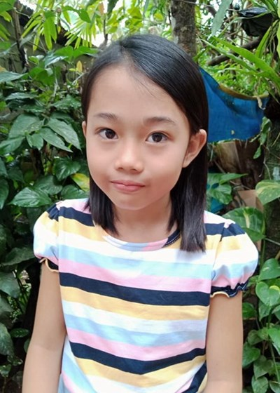 Help Aiana Shien by becoming a child sponsor. Sponsoring a child is a rewarding and heartwarming experience.