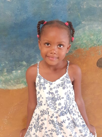 Help Stacy Yisberlin by becoming a child sponsor. Sponsoring a child is a rewarding and heartwarming experience.