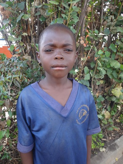 Help Henry by becoming a child sponsor. Sponsoring a child is a rewarding and heartwarming experience.