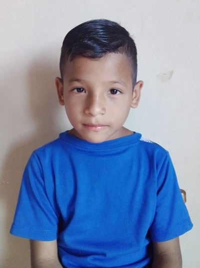 Help Jerik Johao by becoming a child sponsor. Sponsoring a child is a rewarding and heartwarming experience.